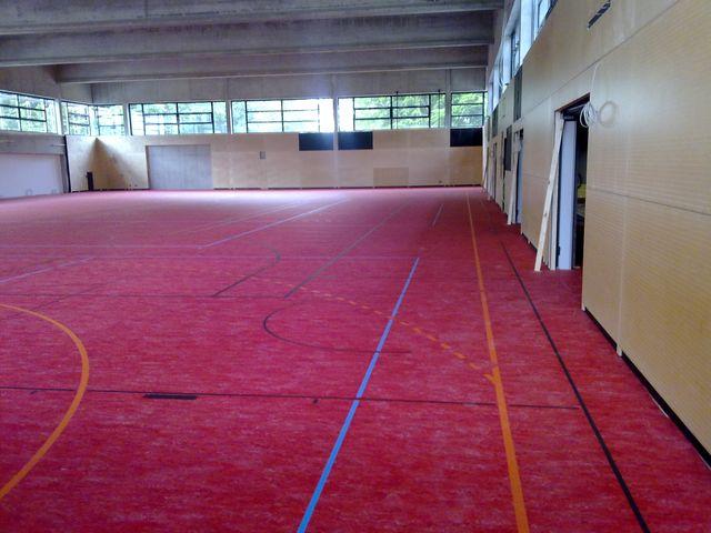 Sportboden mit Linoleum